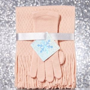 NY & Co 2 Piece Textured Knit Scarf & Gloves Set